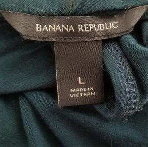 Banana Republic Tops - Banana republic sleeveless top